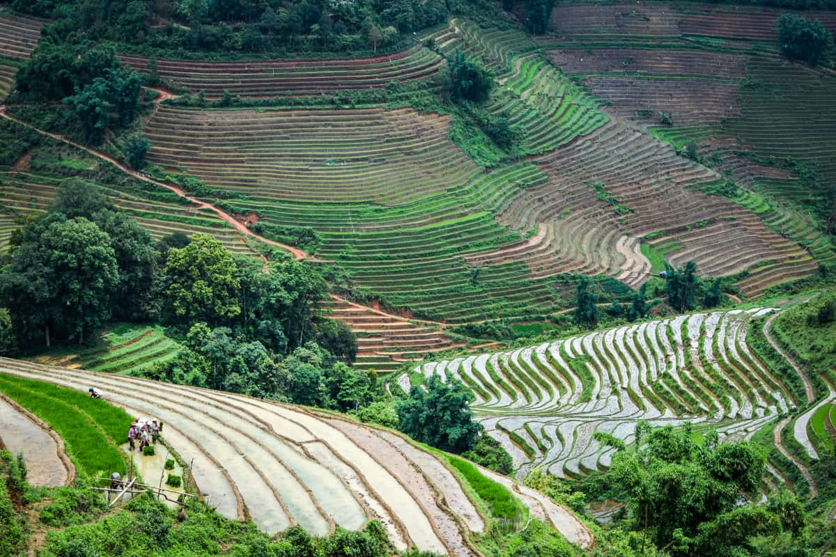 cost to travel southeast asia on a backpacker budget needs to include Sapa Vietnam!