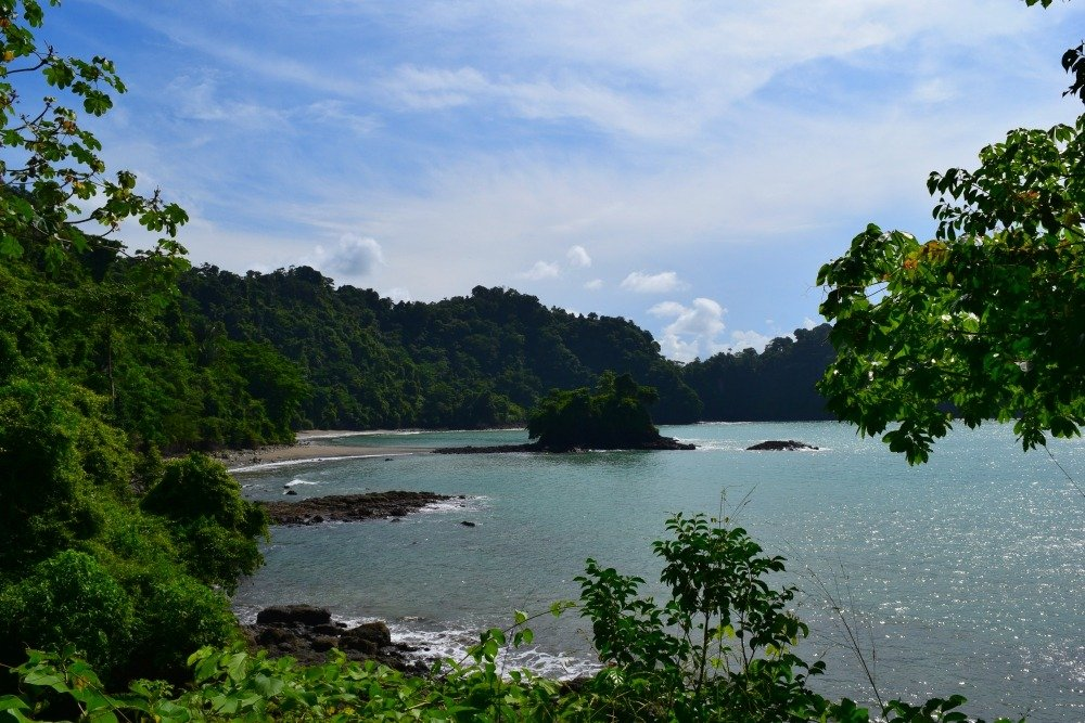 hiking manuel antonio