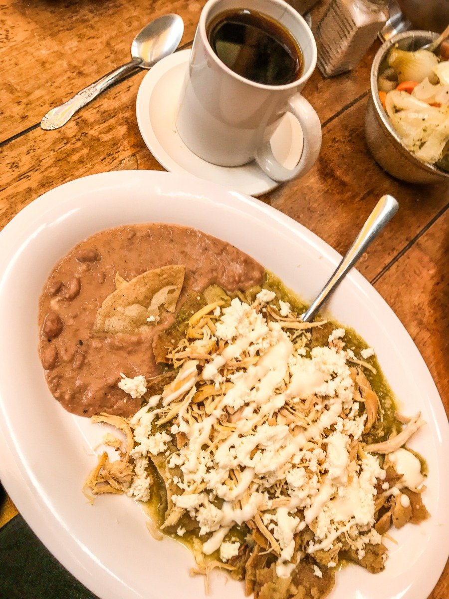 chilaquiles from bisquets queretaro