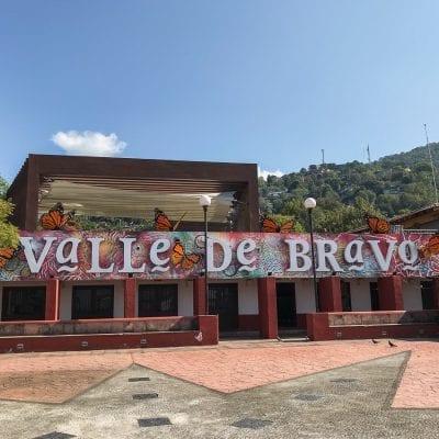 Valle de Bravo: Hotels, Restaurants, & Adventure Activities!