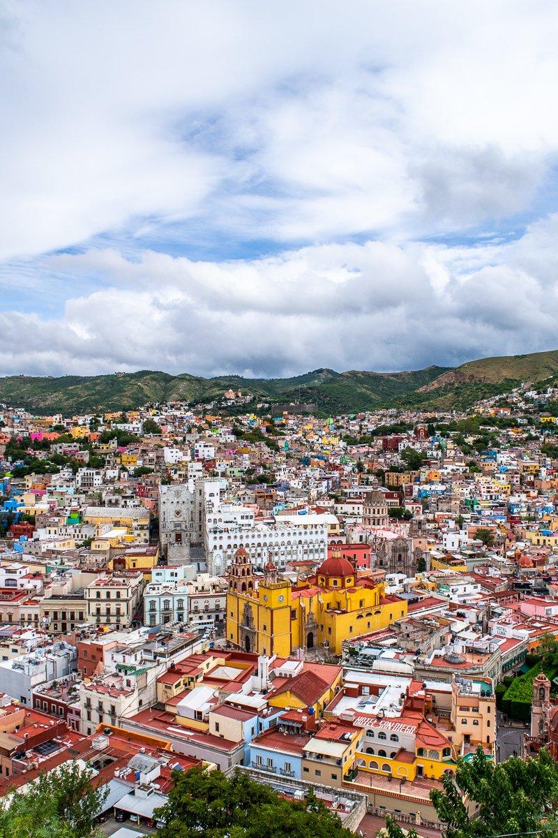 the view of Guanajuato from el pipila