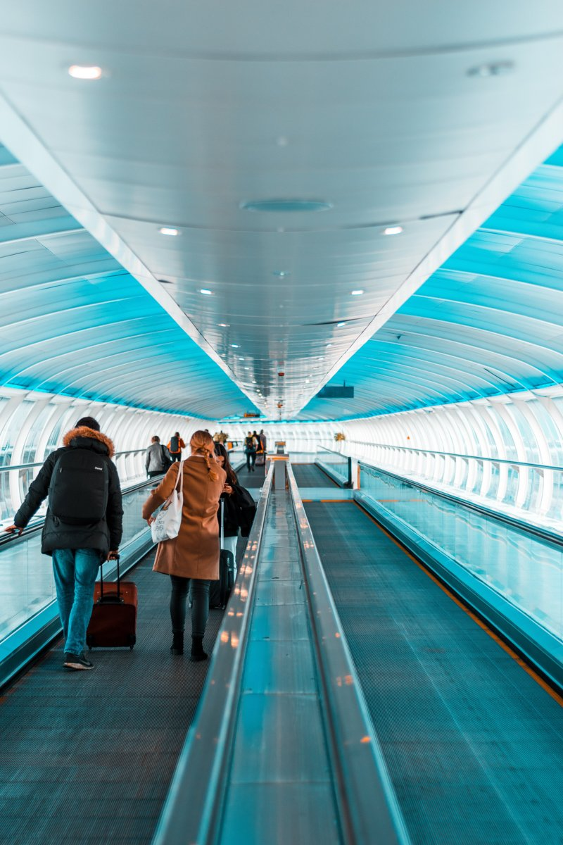 moving sidewalks in an airport