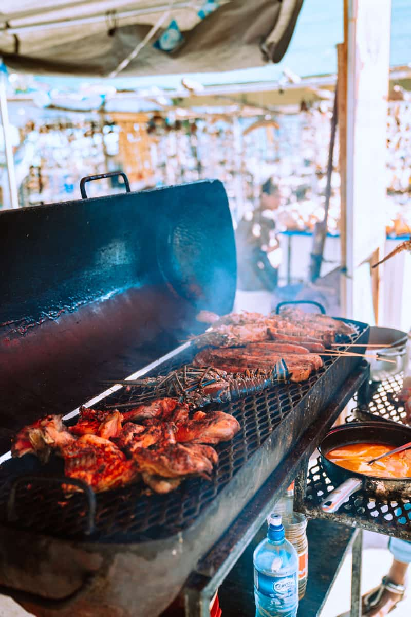 the best things to eat on caye caylker are lobsters and barbecue
