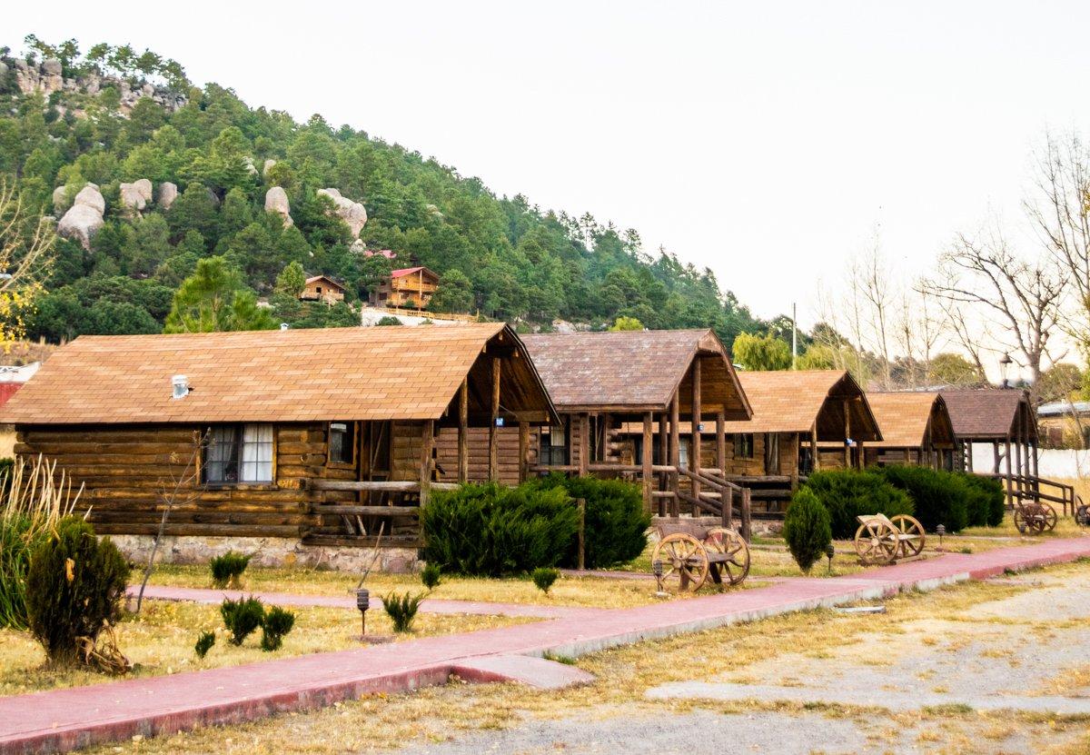 cabañas of villa mexicana in creel