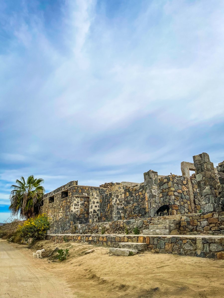 abandoned building where the todos santos hike starts