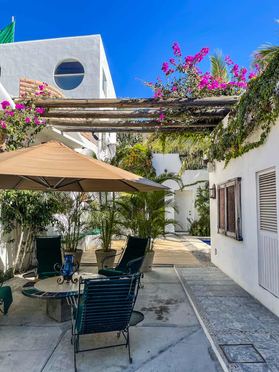 courtyard in los milagros hotel